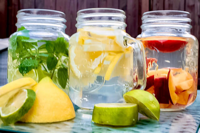 Mason jars look great with colourful lemonades. Seas & Straws
