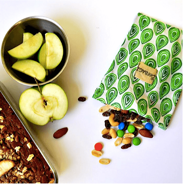 This reusable snack bag is made with 100% natural ingredients. Photo: ©lifewithoutplastic.com